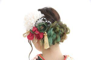 インナーカラーの映えるヘアスタイル